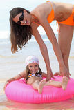 母亲和孩子 免版税库存照片
