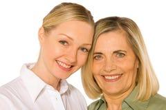 母亲和doughter成人年轻人 免版税库存图片