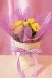 母亲节或复活节花卡片材料的照片 库存图片