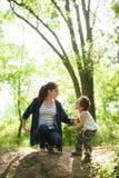 母亲,母亲节,儿子,男孩,自然,爱,情感,生活 免版税库存图片