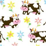 母牛和花-滑稽的无缝的样式 免版税图库摄影
