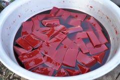 母牛许多血液的浮动食物红色 库存照片