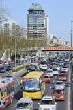 每日交通堵塞在北京中心商务区,中国 免版税库存图片