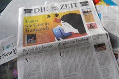 每日的德语死ZEIT纸 免版税库存图片