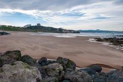 比亚利兹海滩,法国:大西洋的美丽如画的镇 为它芳香抚人的空气使有名望的阿基旃旅游胜地 库存图片