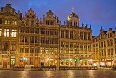 比利时 残酷 全部安排 夜间 免版税库存照片