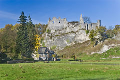比利时montaigle废墟 免版税库存图片