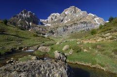 比利牛斯山脉的横向 库存图片