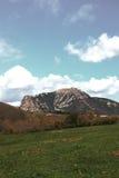 比加拉什在Corbieres,法国峰顶  免版税库存照片