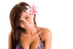 比基尼泳装微笑的妇女 免版税库存图片