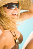 比基尼泳装池性感的妇女 免版税库存图片