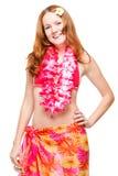 比基尼泳装的30岁的女孩和在白色的夏威夷列伊 免版税库存照片