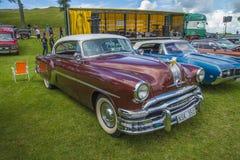 比德2门小轿车1954年 图库摄影