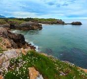 比斯开湾岩石海岸,西班牙 库存照片