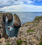 比斯开湾岩石海岸,西班牙 库存图片