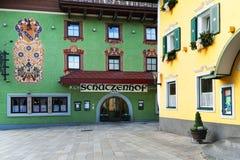 比绍夫斯霍芬,奥地利,欧洲- 2018年10月15日:Arhitectural细节在镇的中心 免版税库存照片