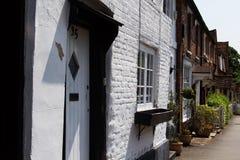 比肯斯菲尔德,英国- 2016年6月:露台的房子行的 免版税库存图片