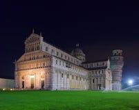 比萨大教堂晚上 免版税库存图片