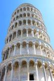 比萨,意大利被恢复的斜塔  免版税图库摄影