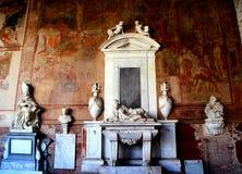 比萨,意大利-大约2018年2月:坎波桑托Monumentale内部奇迹正方形的  免版税库存照片