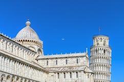 比萨从奇迹正方形的塔视图 意大利比萨 免版税库存照片