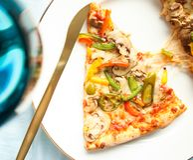 比萨-意大利烹调食谱被称呼的概念 免版税库存图片