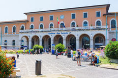 比萨Centrale火车站在比萨,意大利 库存照片