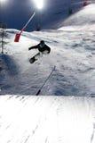 比赛上涨夜的滑雪 图库摄影