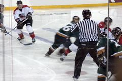 比赛曲棍球冰 免版税库存图片