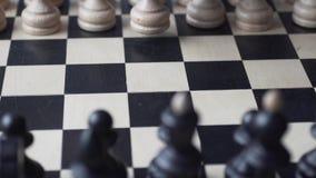比赛的期初 移动的白色 股票视频