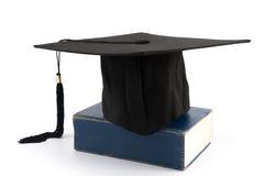 毕业盖帽 免版税库存图片