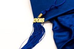 毕业2018盖帽和缨子 免版税库存照片