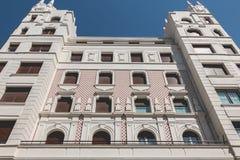 毕尔巴鄂一个典型的大厦的建筑学细节  库存照片