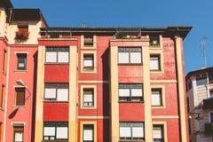 毕尔巴鄂一个典型的大厦的建筑学细节  库存图片