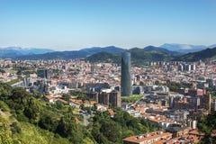 毕尔巴鄂市, Bizkaia,巴斯克国家,西班牙全景。 免版税库存图片