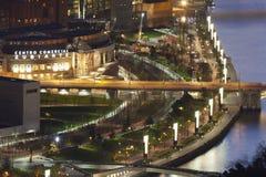 毕尔巴鄂市- 12月21日 黄昏在市de的毕尔巴鄂 免版税图库摄影