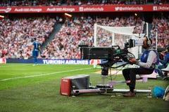 毕尔巴鄂,西班牙- 10月16 :在西班牙联赛期间的照相机人在毕尔巴鄂竞技队和皇家社会队之间,庆祝在Octo 免版税库存照片