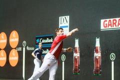 毕尔巴鄂,西班牙- 4月9 :比赛的帕布鲁Berasaluze早先对对手球冠军赛,庆祝4月9日, 图库摄影