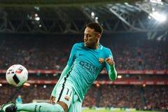毕尔巴鄂,西班牙- 1月05 :Neymar,巴塞罗那球员,在八决赛西班牙杯比赛期间的行动的在毕尔巴鄂竞技队之间 免版税库存图片