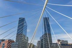 毕尔巴鄂,巴斯克国家,西班牙2015年10月30日:Izozaki塔 免版税库存照片