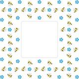 毗邻与重复蜂和蓝色的框架忘记我没有花 库存图片