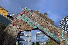 毛利人木雕刻在Aotea广场奥克兰 免版税库存照片