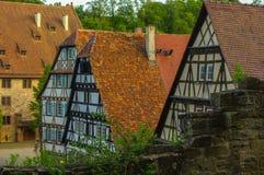 毛尔布龙,德国- MAI 17日2015年:行托特修道院的样式房子是联合国科教文组织世界遗产名录站点的一部分 免版税库存照片