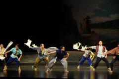 毛巾的工作者跳舞江西歌剧杆秤 免版税库存图片