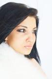 毛皮女孩佩带的白色 免版税图库摄影