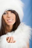 毛皮女孩纵向佩带的空白冬天 图库摄影