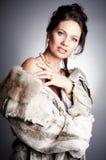 毛皮妇女 免版税图库摄影