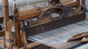 毛线编织机和螺纹