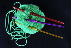 3 毛线绿松石球  免版税图库摄影