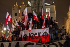 民族主义者抗议在克拉科夫的中心 大约3 000个人在自由波兰的3月参与了 库存图片